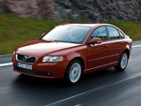 Images of Volvo S40 D4 2010–12