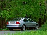 Photos of Volvo S60 D5 2002–04