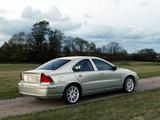 Photos of Volvo S60 T5 2005–07