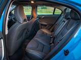 Photos of Volvo S60 T6 R-Design 2010–13