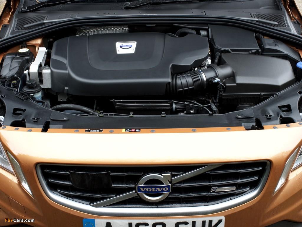 Photos of Volvo S60 D5 R-Design UK-spec 2010–13 (1024 x 768)