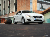 Photos of Volvo S60 D3 UK-spec 2010–13