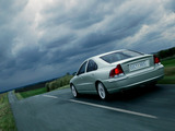 Volvo S60 T5 2005–07 images