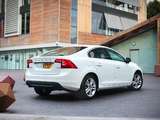 Volvo S60 D3 UK-spec 2010–13 photos