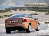 Volvo S60 T6 2010–13 pictures