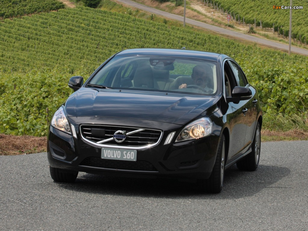 Volvo S60 D3 2010 Pictures 1024x768