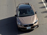 Images of Volvo V40 Cross Country JP-spec 2013