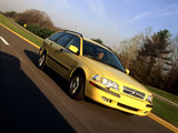Pictures of Volvo V40 1999–2002