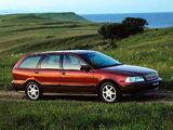 Volvo V40 1996–99 pictures