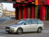 Photos of Volvo V50 Classic 2011–12
