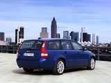 Volvo V50 D5 2004–07 pictures