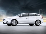 Images of Volvo V60 Plug-in Hybrid Prototype 2011
