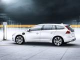 Photos of Volvo V60 Plug-in Hybrid Prototype 2011