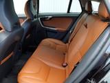 Volvo V60 D5 UK-spec 2010–13 images