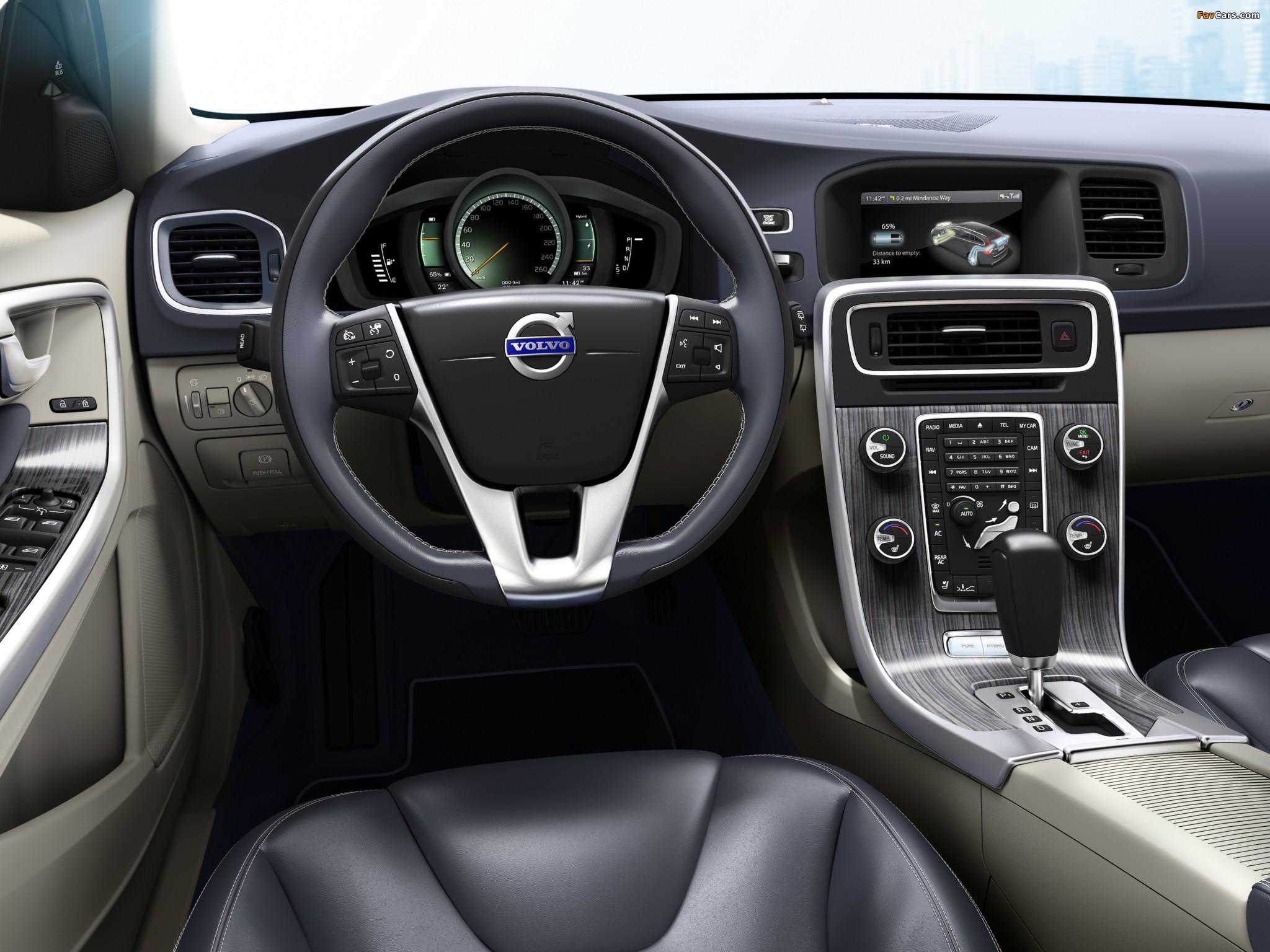 Volvo V60 Plug-in Hybrid Prototype 2011 wallpapers (2048 x 1536)
