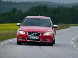 Images of Volvo V70 R-Design 2011