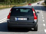 Photos of Volvo V70 Bi-Fuel 2006–07