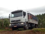 Volvo VM23 6x2 2003–10 photos