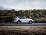 Images of Volvo XC60 T8 R-Design 2017
