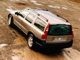 Volvo V70XC 2000–05 wallpapers