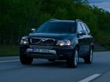 Volvo XC90 D5 2009–11 photos