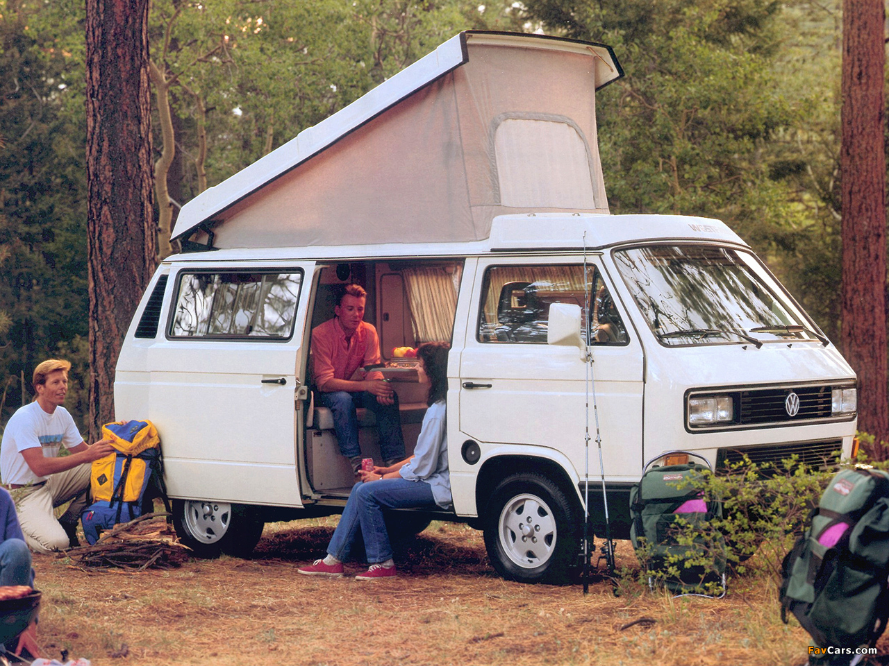 Volkswagen t3 vanagon camper by westfalia 1987 91 for Interieur westfalia t3
