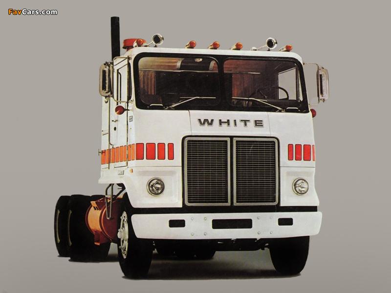 White Road Commander 1976 photos (800 x 600)