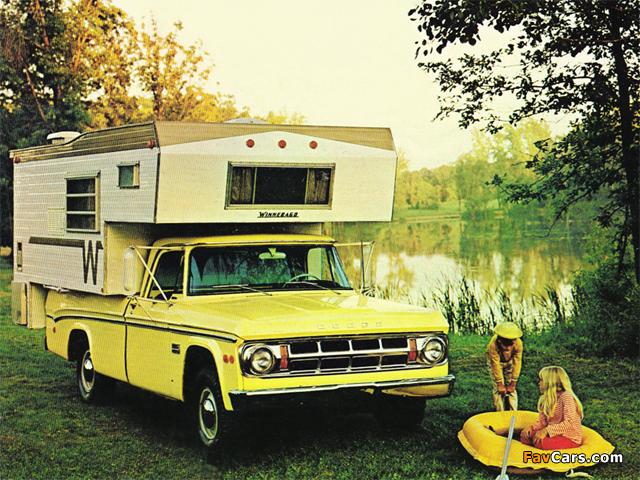 Dodge D100 Adventurer Winnebago Camper 1969 pictures (640 x 480)