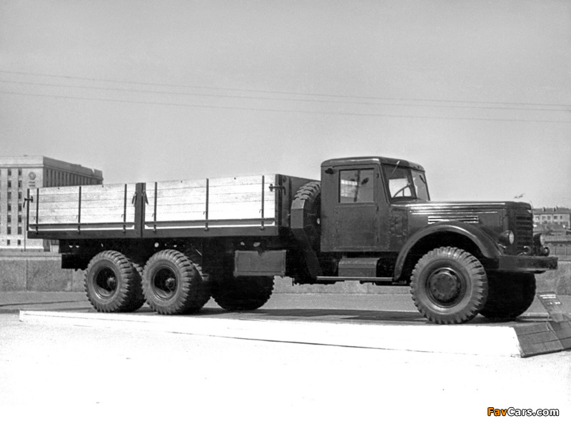 Photos of YAAZ 210 1951–58 (800 x 600)