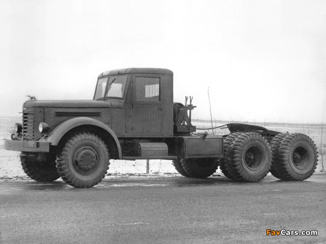 YAAZ 210 1949 pictures (640 x 480)