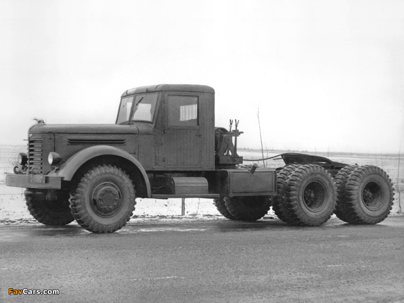 YAAZ 210 1949 pictures (800 x 600)