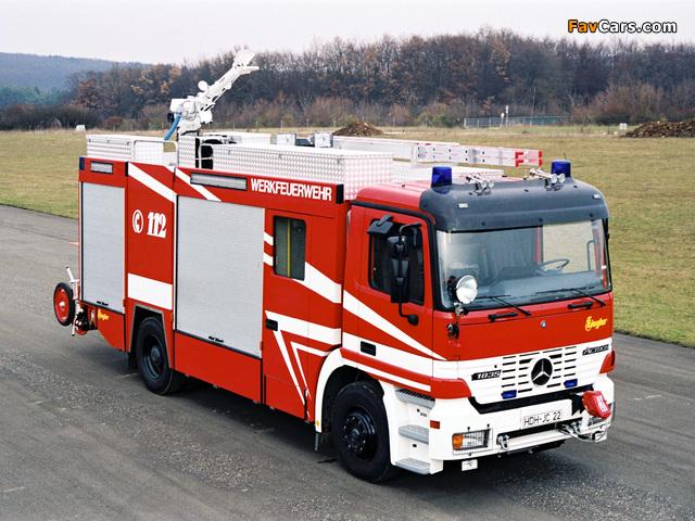 Pictures of Mercedes-Benz Actros 1835 Feuerwehr by Ziegler (MP1) 1997–2002 (640 x 480)
