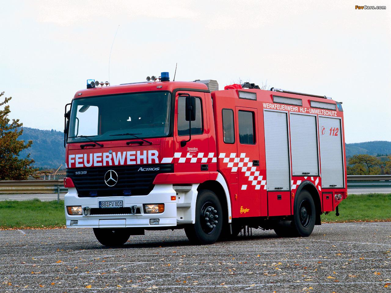 Mercedes-Benz Actros 1835 Feuerwehr by Ziegler (MP1) 1997–2002 wallpapers (1280 x 960)