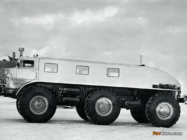 Images of ZiL 167 1962 (640 x 480)